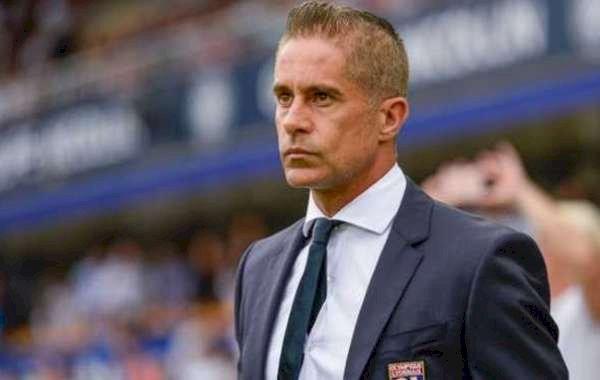Lyon Sack Manager Sylvinho After Poor Start