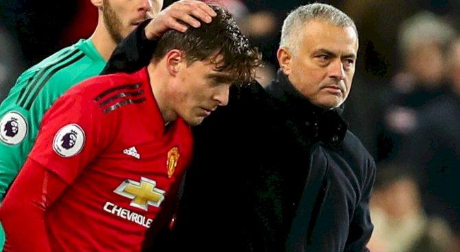 Lindelof Keen On Mourinho Return To Football