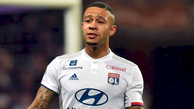 Depay Rips Into Lyon Ultras For Offensive Marcelo Banner