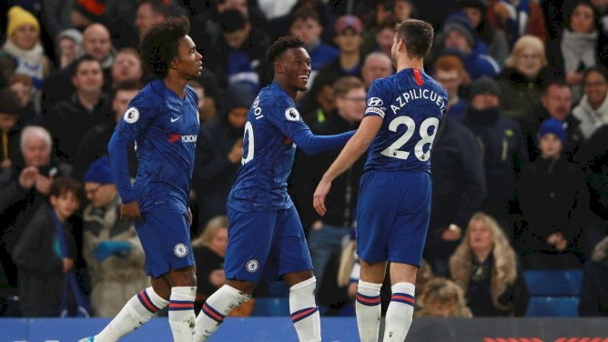 PREMIER LEAGUE ROUNDUP: Chelsea, Man United Earn Big Wins As Leicester Falter