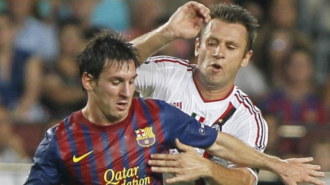 Cassano Rates Messi Above Maradona