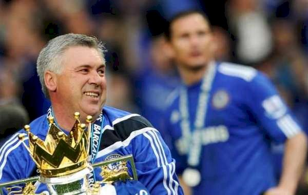 Carlo Ancelotti Hails His 2009/10 Chelsea Team