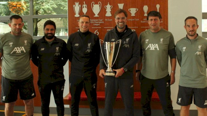 Klopp Wins LMA Manager Of The Year Award