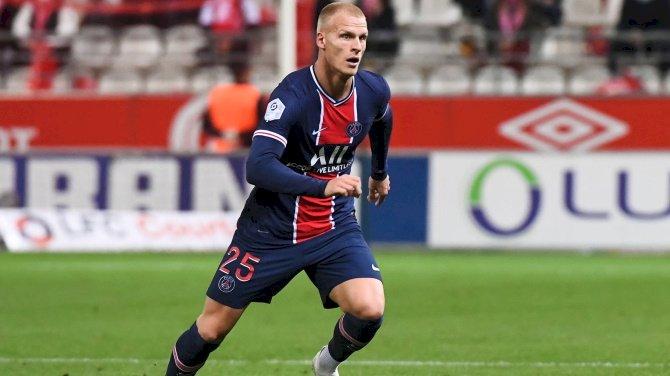 Bayer Leverkusen Complete Signing Of Bakker From PSG