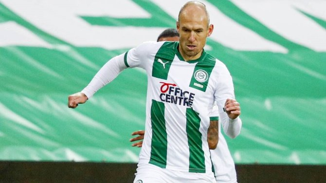 Robben Announces Retirement From Football For Second Time